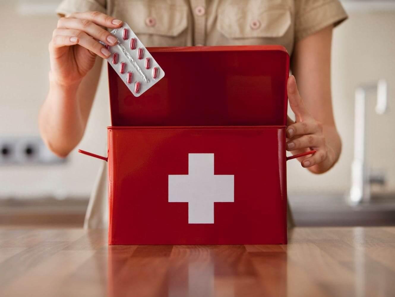 какие лекарства брать с собой в дорогу обязательный набор препаратов медикаментов путешественника туриста
